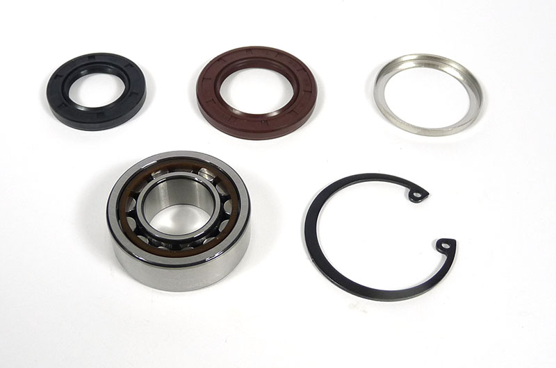 Lambretta Bearing kit (set) flywheel side (mag housing) Gp200, branded name